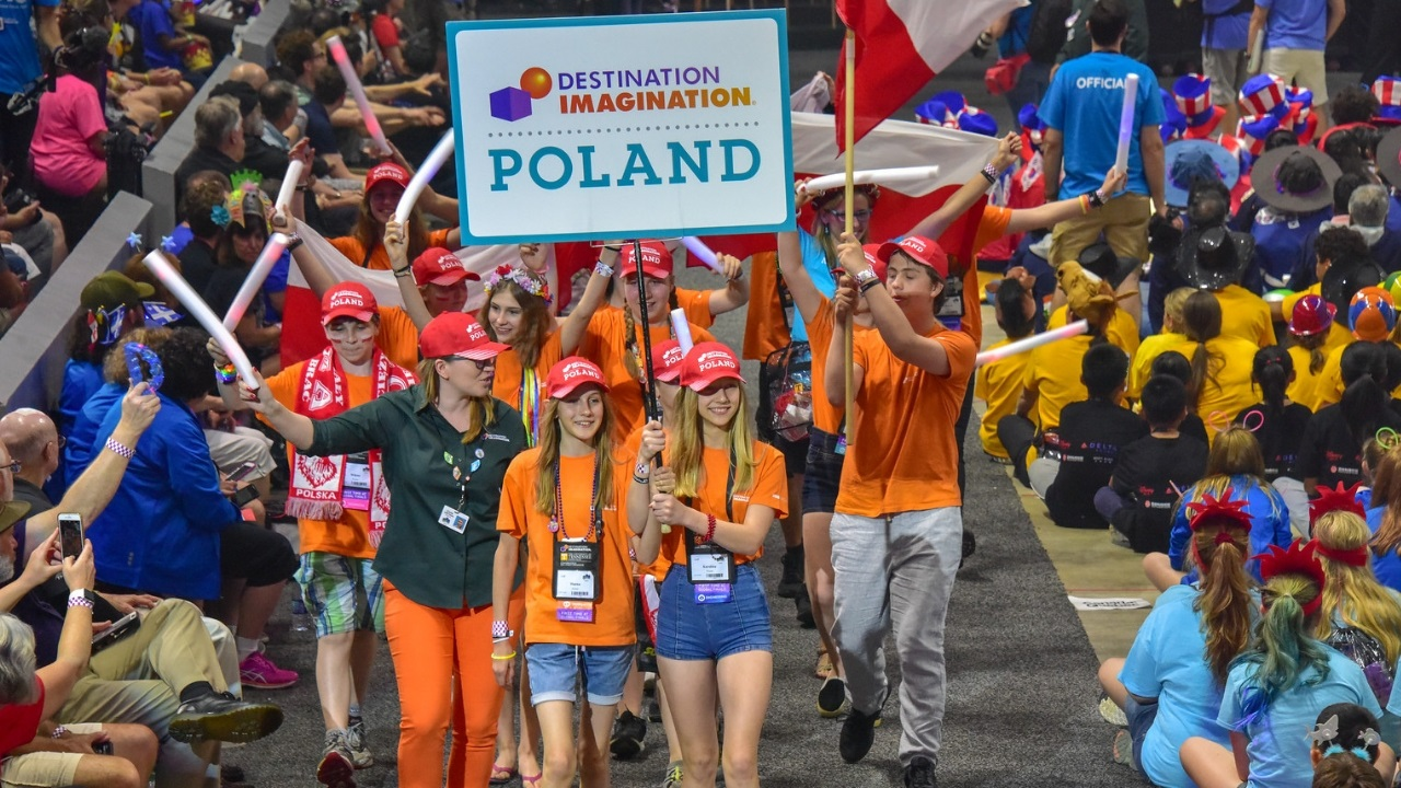 Bring Your DI Skills to Poland!