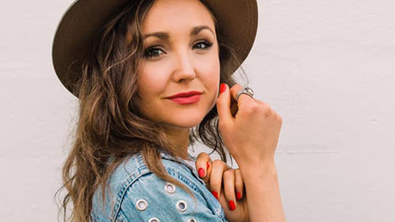 Episode 11: Class Recital to American Idol with Rachel Hale